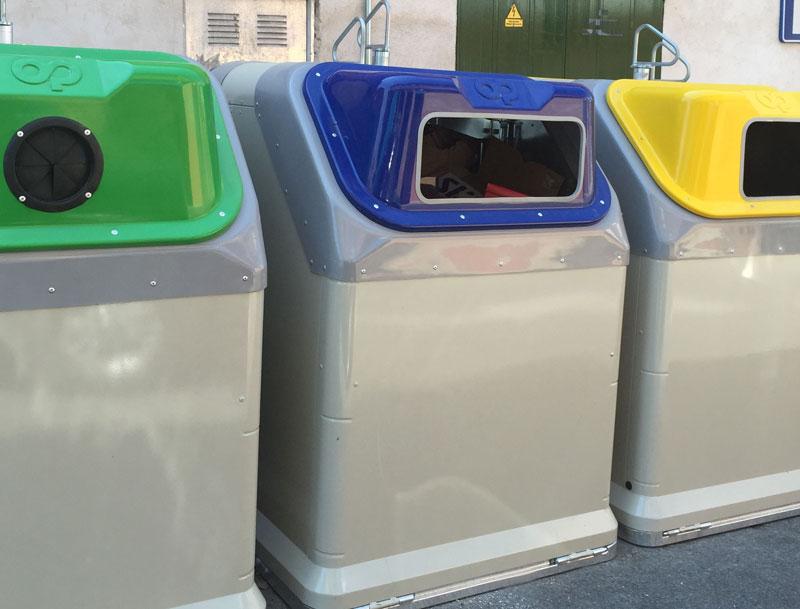 Galapagar renueva y mejora los contenedores del casco urbano