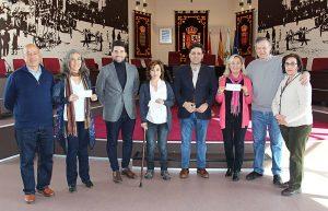 Galapagar entrega 7.500 euros recaudados en la Marcha Solidaria a ASÍ, y el resto a otras asociaciones